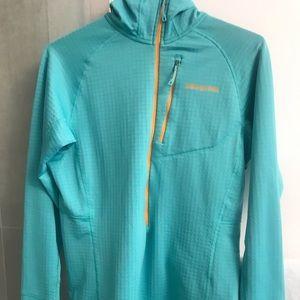 Patagonia Turquoise/Orange Zip Up
